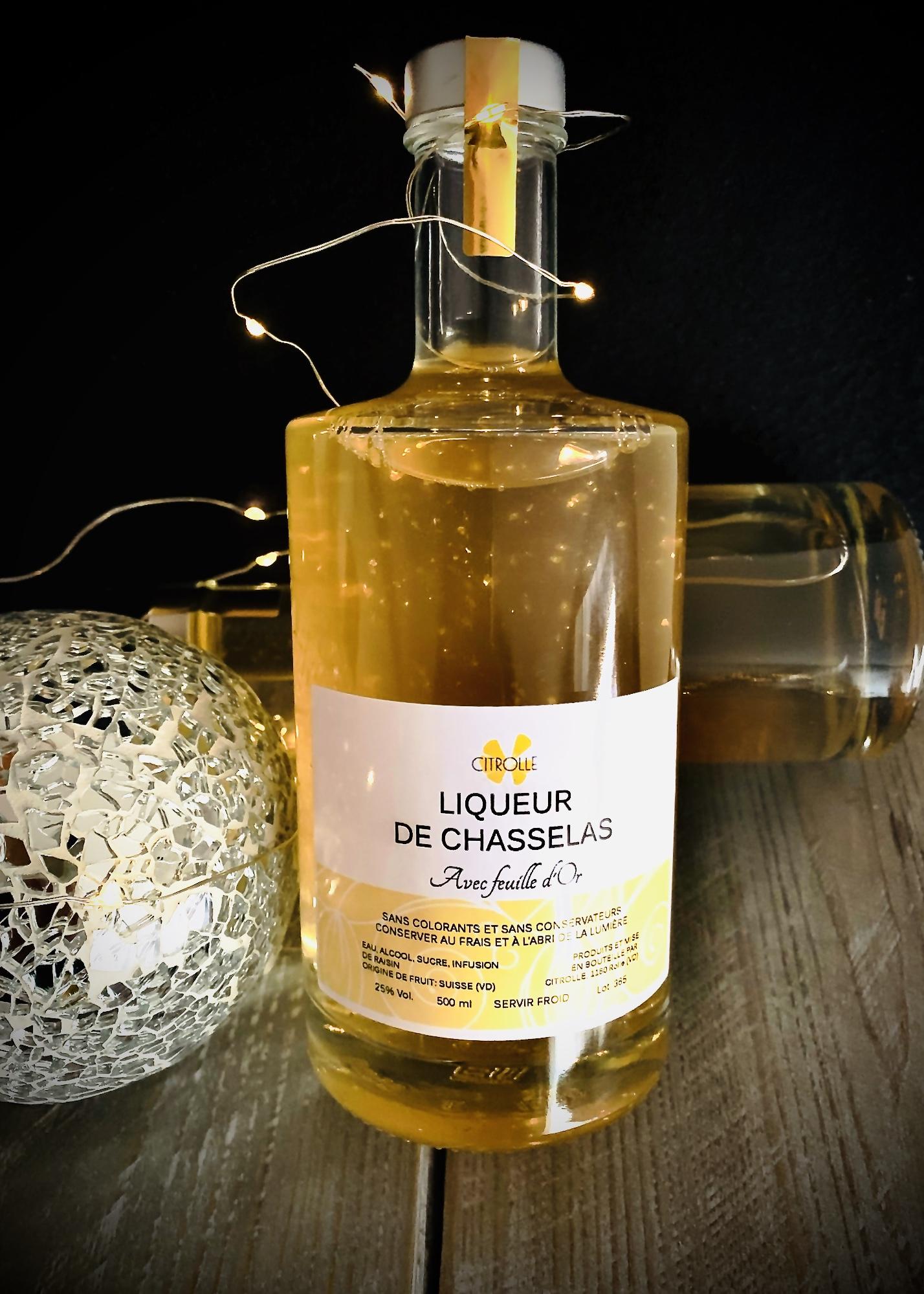 Liqueur de Chasselas avec feuille d'or